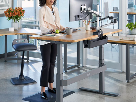 Is it finally time to use a sit-stand desk?