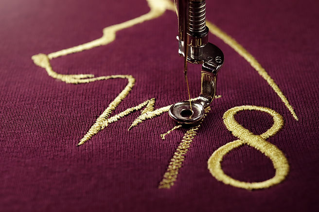 Embroidery with embroidery machine of do