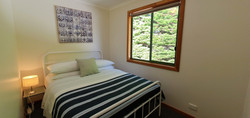 Cabin double bed (2nd bedroom)