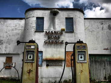manor-road-garage.jpg