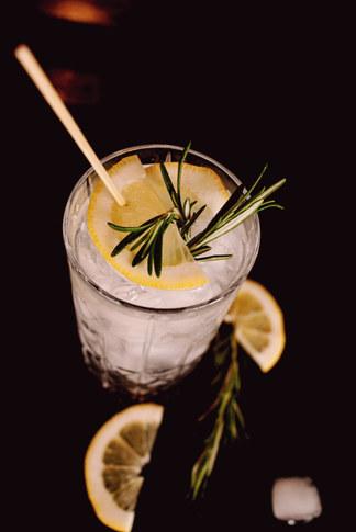 Wodka Soda aka Skinny Opa