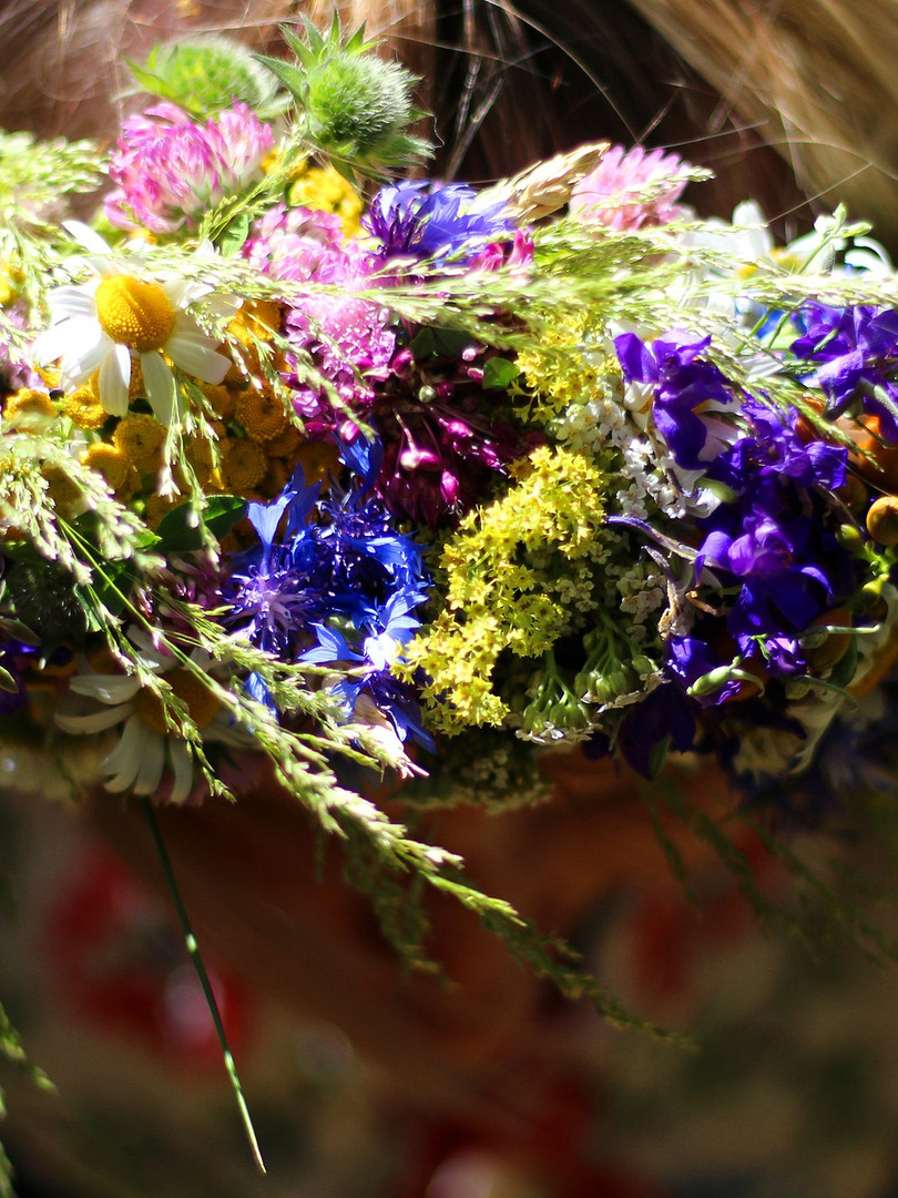 wreath-4483190_1920.jpg