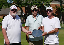 MENS PAIRS WINNERS J. BUSHELL & I. BELL with D. MOORE centre presenting trophy.jpg