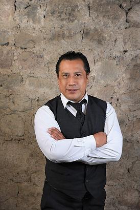 Israel Ríos Director Artístico.jpg