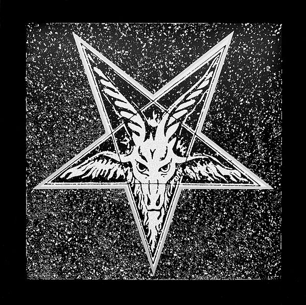 Navarro_Hollywood-Star-Baphomet_2019.jpg