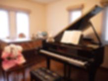 練馬区富士見台のピアノ教室内