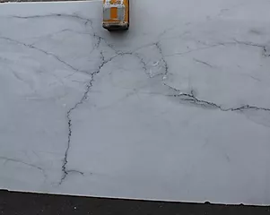 VERMONT CALACATTA LINCOLN -3CM-POLISHED SLABS (15460)..