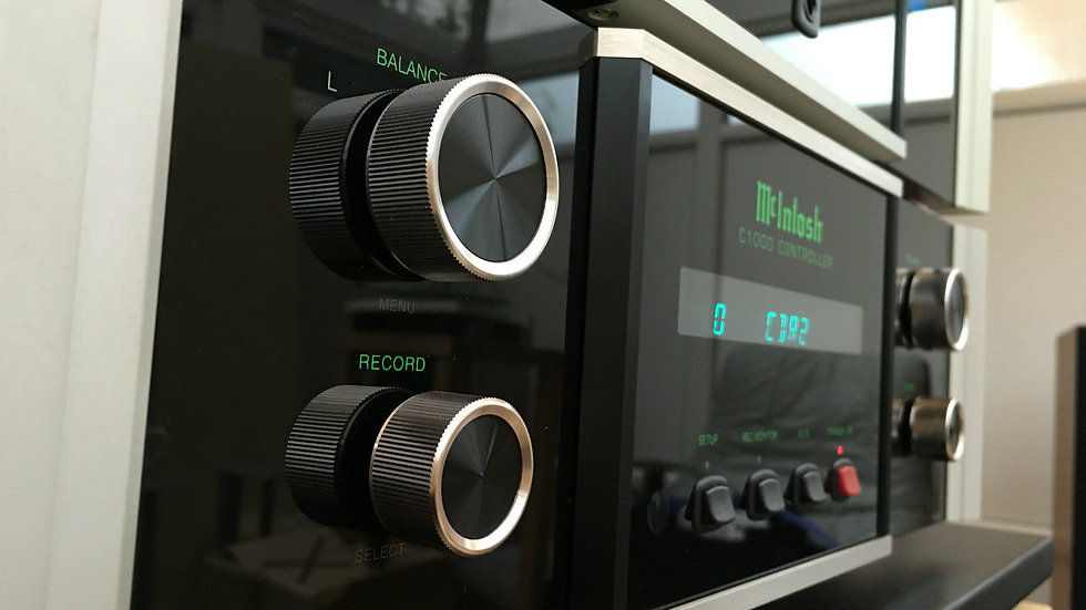 McIntosh C1000C & C1000P Preamplifier