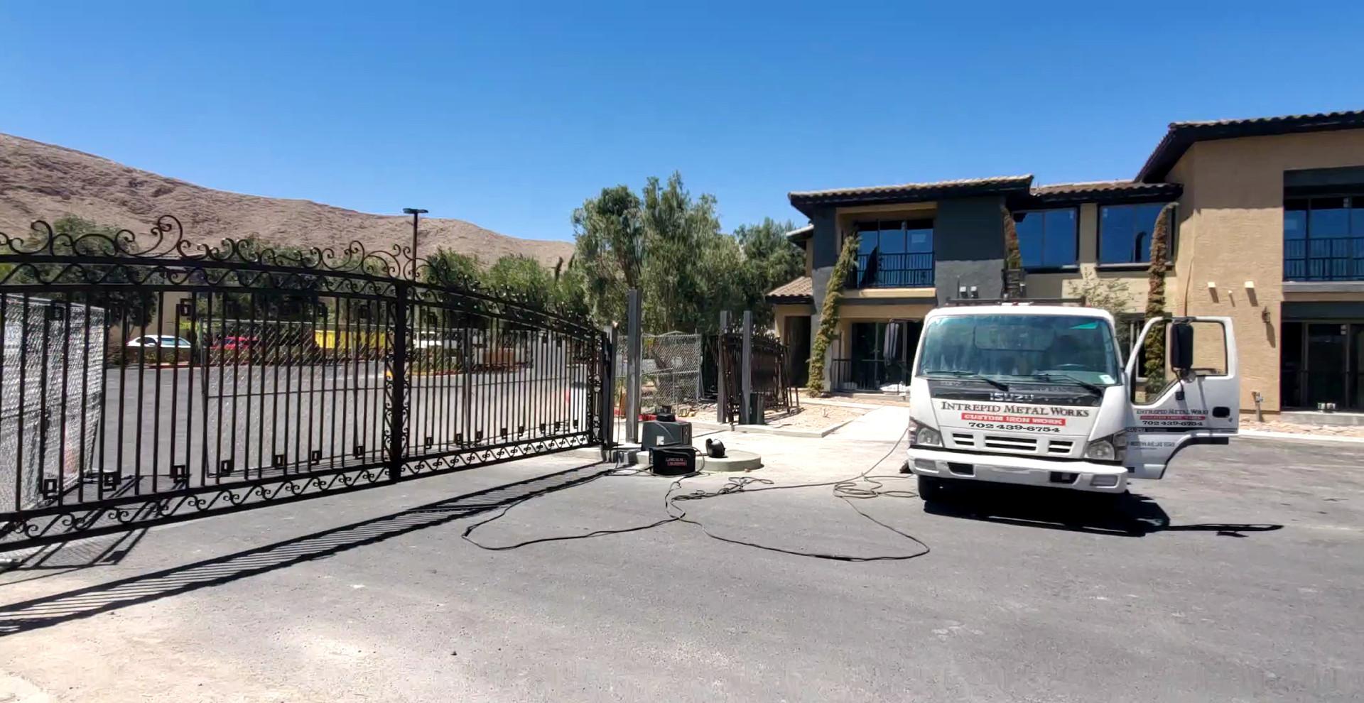 Entry Gates Las Vegas - Intrepid Metal Works Inc.