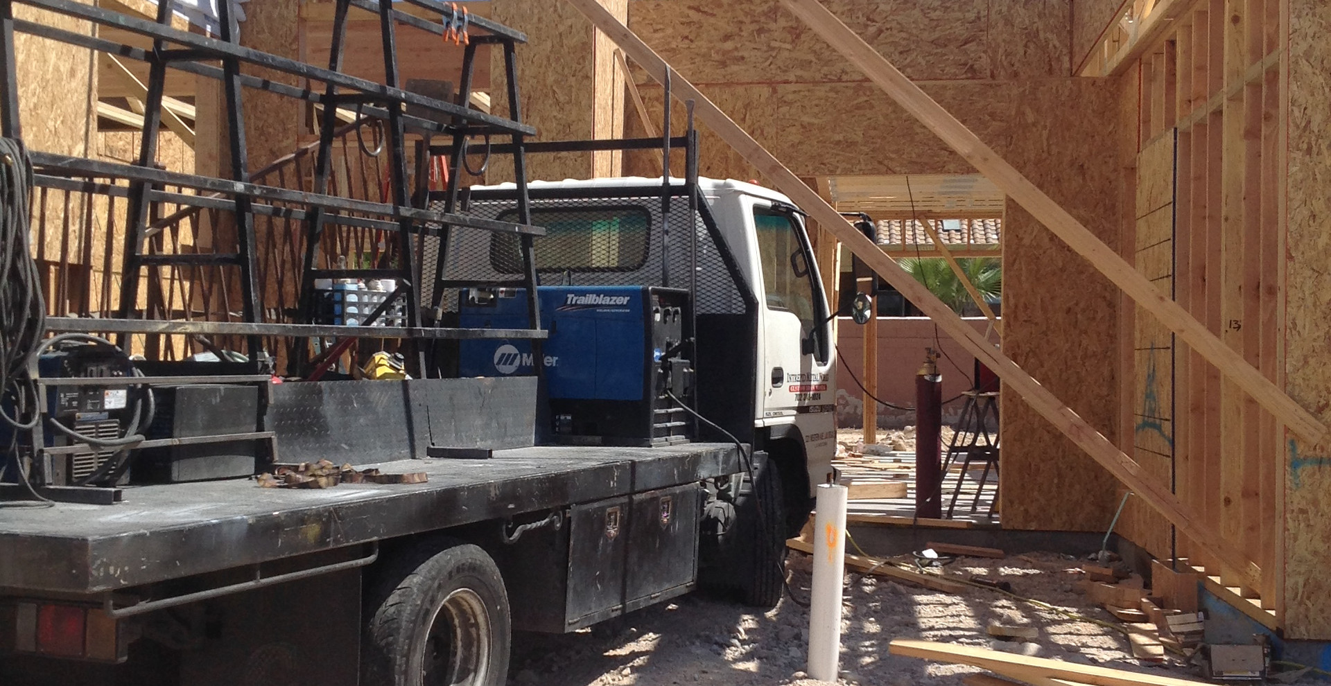 Main Home Beam Installation Las Vegas - Intrepid Metal Works Inc.