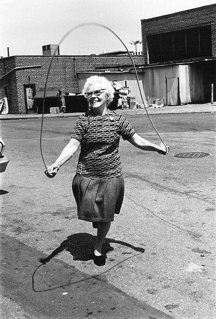 abuela comba.jpg