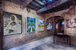 """2017 France Arles, Régis Colombo, """"L'ICI E(S)T L'AILLEURS"""" exposition du 3 juillet au 24 septembre"""