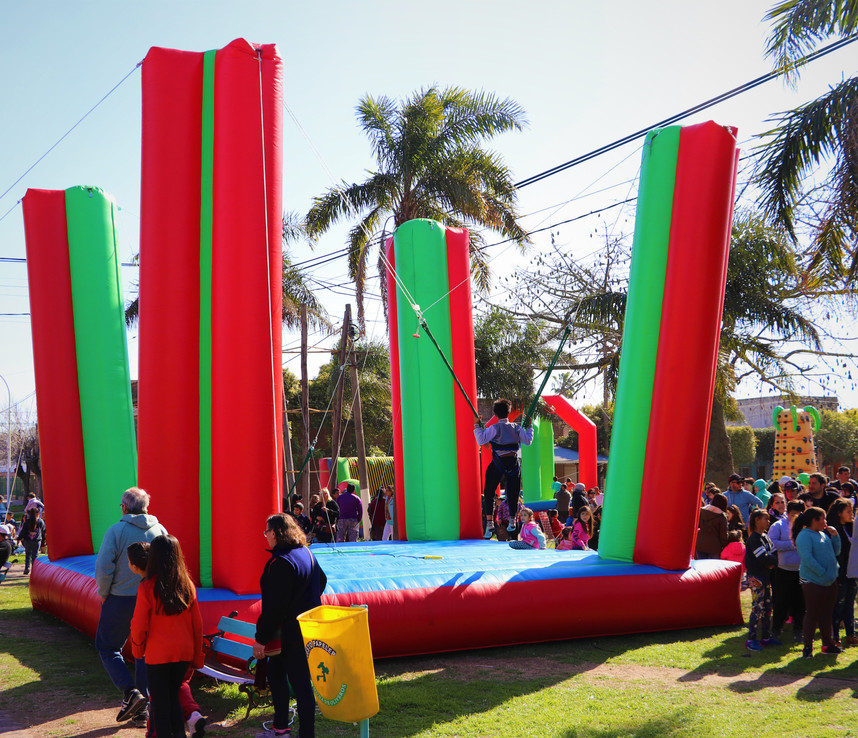 BUNGEE INFLABLE.jpg