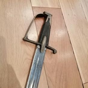 C1800 French 'Germanic' Broadsword £1000