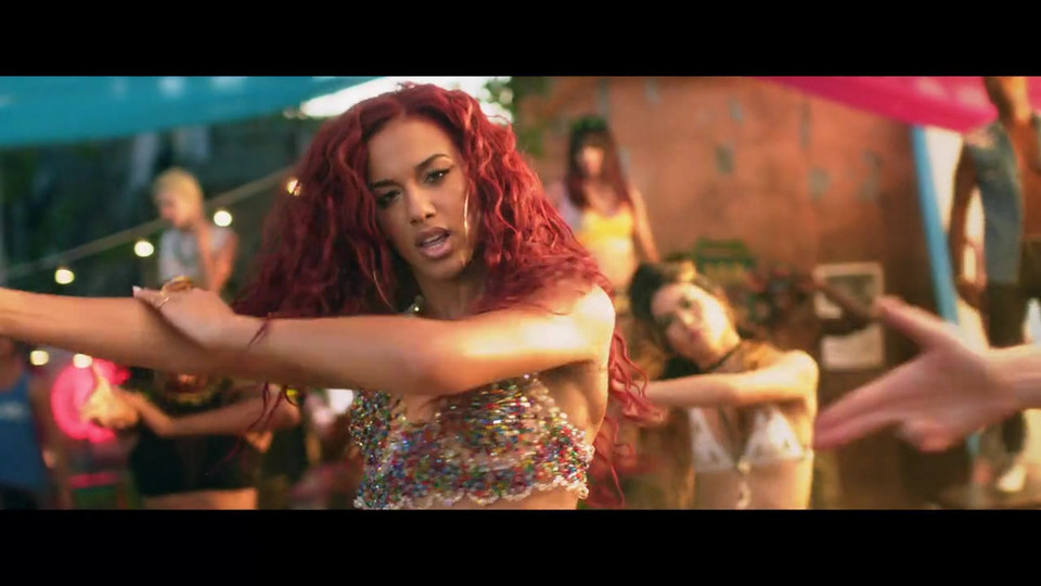 Natalie La Rose-Around the world Music Video