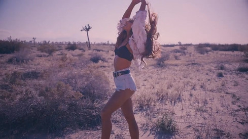 ARIANA GRANDE-Into You Music Video
