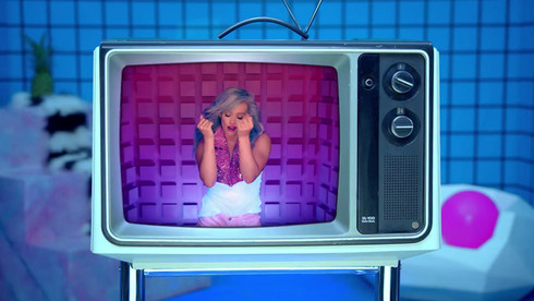 Hillary Duff-Sparks Music Video