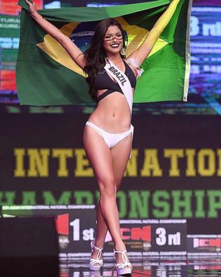 Vanessa Fernandes, conquista a quinta colocação em evento internacional.