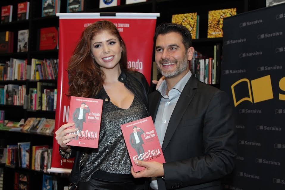 Amanda Gontijo | Dr Fernando Gomes Pinto | Revista Visual Fashion