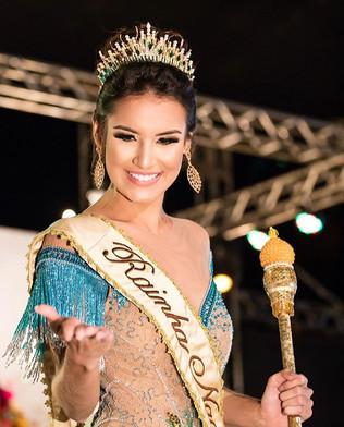 Maryna Lima, vence o concurso Rainha Nacional do Milho