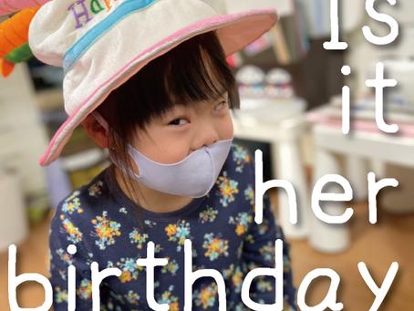お誕生日じゃ…
