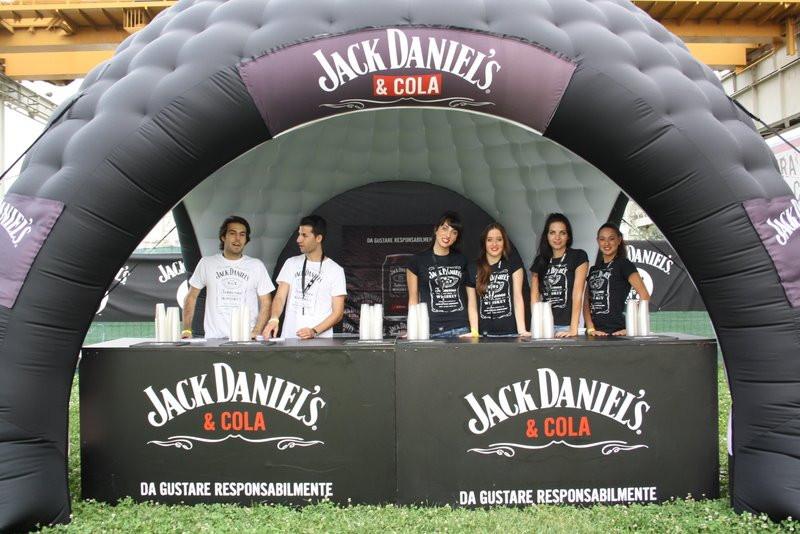 JACK & COLA 3.jpg