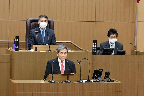 県議会.JPG