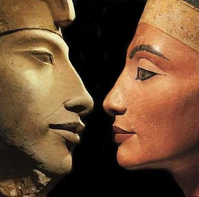 Akhnaton and Nefertiti