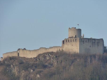Voruntersuchungen zur Sanierung  der Burg vergeben