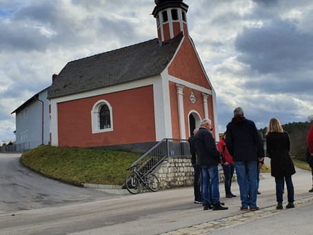Anregende Ortsgespräche in Fischbach und Schirndorf - neue Idee für ehemaliges Kleinspielfeld