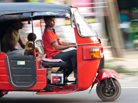 Uber e Movida lançam Tuk Tuk no Brasil