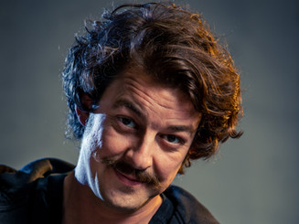 Portrait moustache