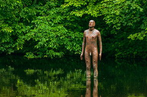 Anthony Gormley's 6 TIMES