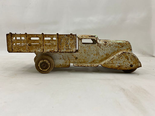 1920s Meadowbrook Dairy Truck Toy