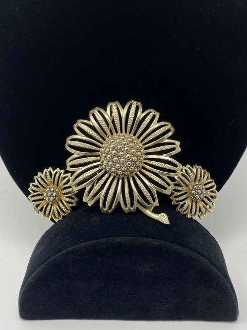 Sarah Coventry Sunflower Brooch and Earrings