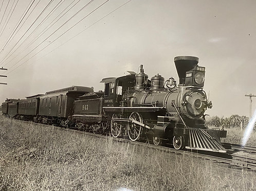 1930s Picture of Train Union Pacific #943 Boston, MA
