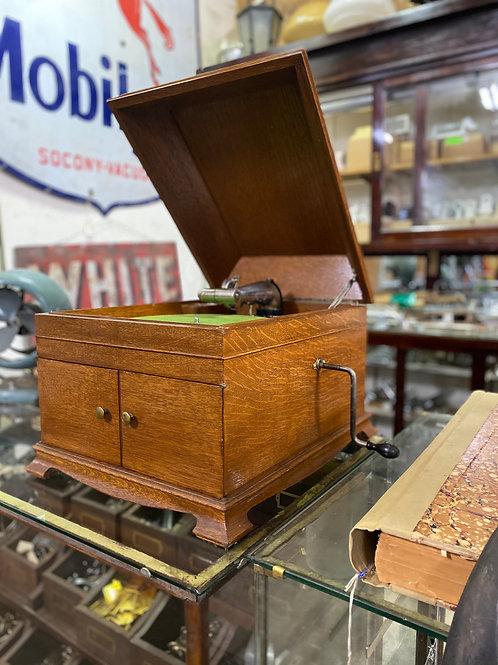 Vintage Victor Victrola Hand Crank Record Player VV-IX