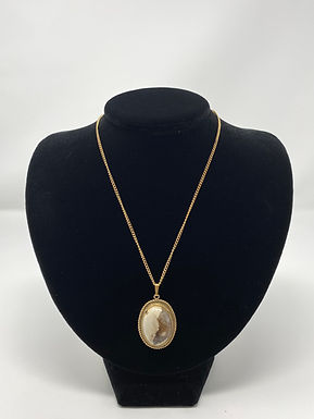 Vintage Necklace with Natural Stone Polished