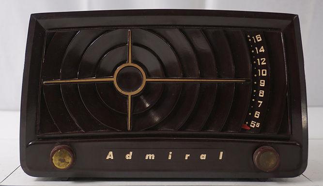 1950s Admiral Tube Radio Model 5 S22 A N