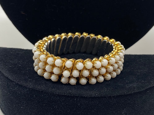 Vintage White Bead Expandable Bracelet