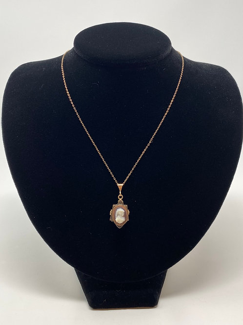 Dainty Cameo Style Necklace
