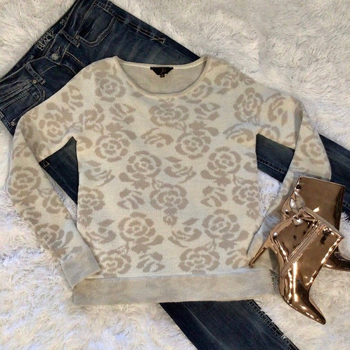 Jack Sweater Beige & Cream with Rose Pattern
