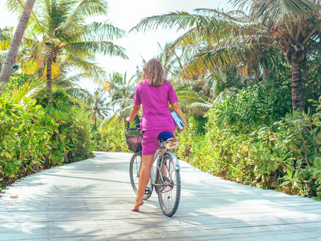 Dhanee, A Maldivian Goodbye