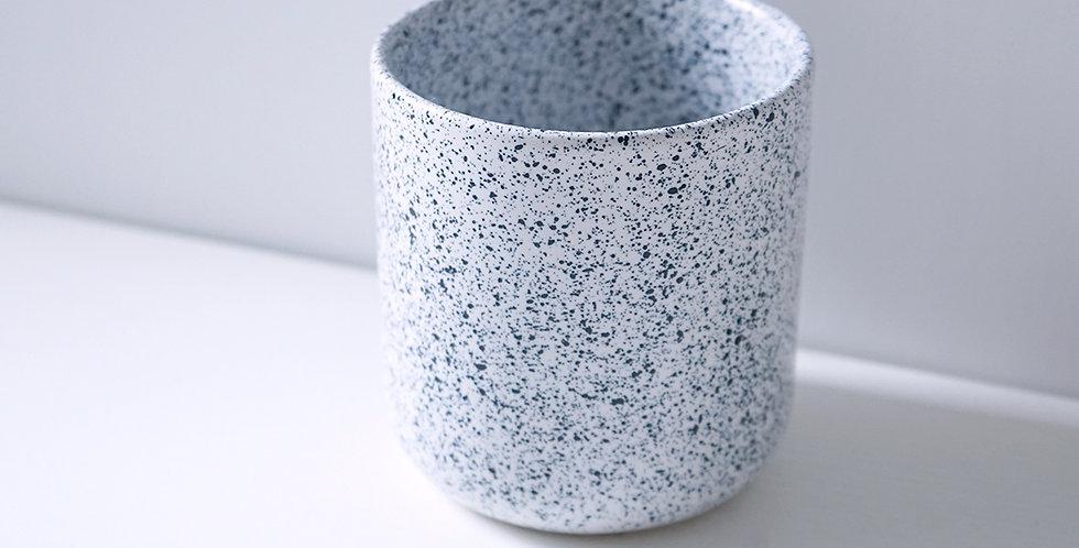 Aoomi Studio MESS Mug 01