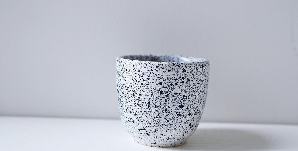 Aoomi Studio MESS Mug 04