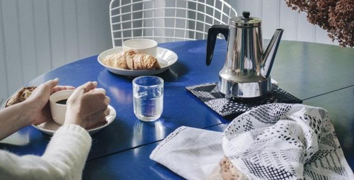 SAANA JA OLLI Seitsemän palaa tea towel / table mat