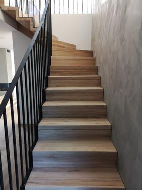 floating stairs 48.jpg