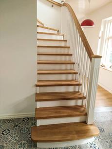 Herregård trapp i eik