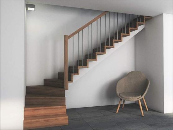 Eik trapp på den sentrale bjelke