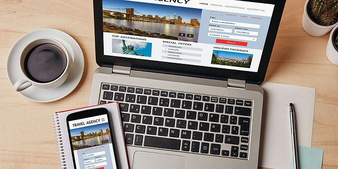 laptop-with-holiday-booking-website (1).